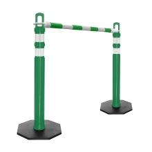 Retractable Delineator Bar Green & White