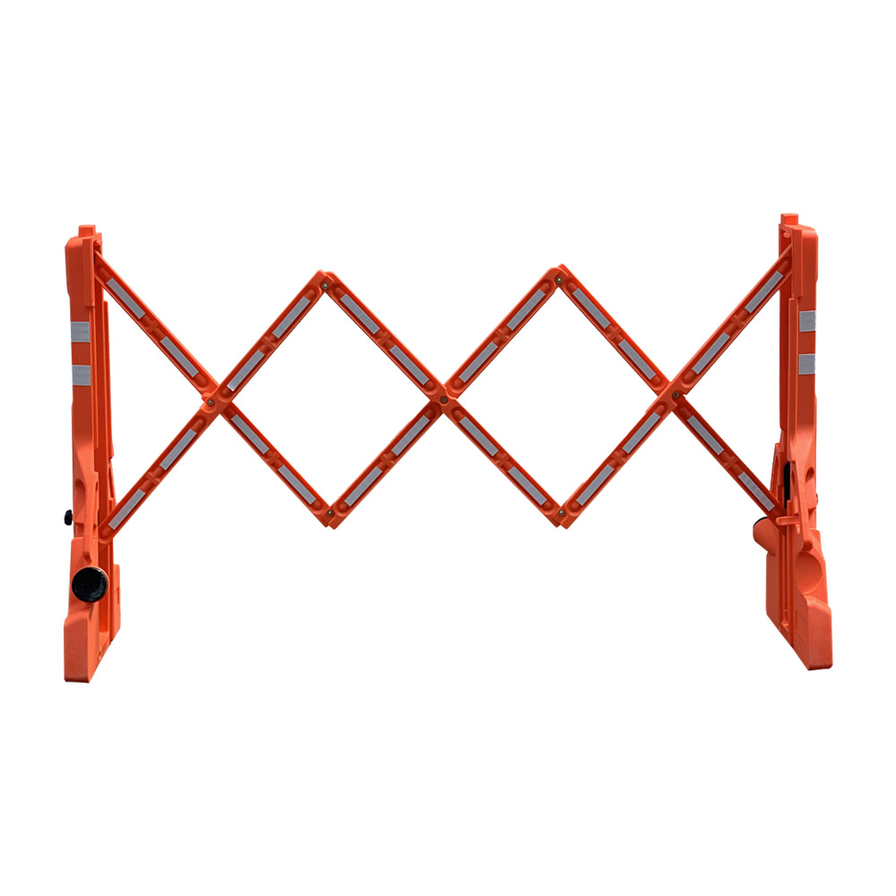 Multi-Gate Outdoor Expandable Barrier
